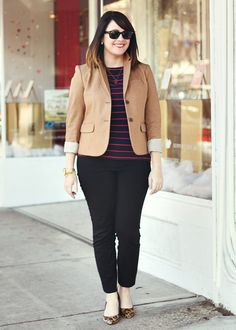 Plus size outfits for work are a necessity in every woman or mans wardrobe, and this sort of thing needs to be thought about daily. It can be quite a strugg Casual Work Outfits, Curvy Outfits, Work Attire, Classy Outfits, Pretty Outfits, Plus Size Outfits, Fashion Outfits, Fashion 2015, Fashion Styles