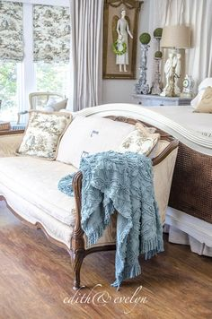 Bedroom Refresh   $500 Annie Selke Giveaway   Edith & Evelyn   www.edithandevelynvintage.com #AnnieSelkeStyle #ad #IC @AnnieSelke