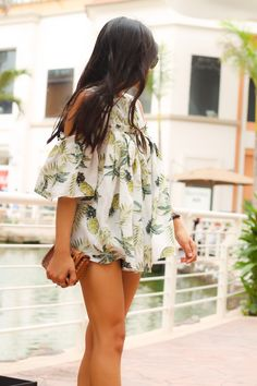 Cute pineapple top w