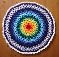 The mathematics of a Granny Circle ~ free pattern