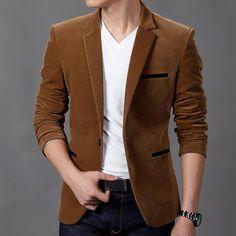 koleksi pakaian formal untuk pesta dan resmi dalam model jas pria elegan yang dijual berupa setelan keren dan modern secara online dari kota Solo
