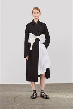 Sfilata Jil Sander Milano - Pre-collezioni Primavera Estate 2018 - Vogue