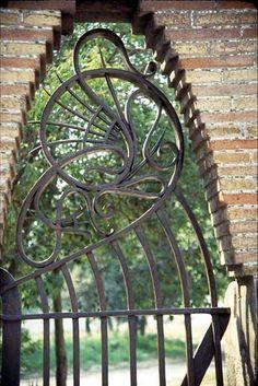 Finca Güell. Barcelona, Spain. Antoni Gaudi, 1884-1887