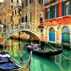 Gondole #Venice