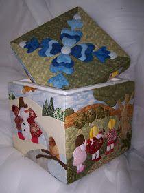 ¡¡¡¡Buenos Días!!!! Lo que os voy a mostrar hoy es una caja que hemos hecho con patchwork sin aguja, la hicimos hace algo más de un año y c...