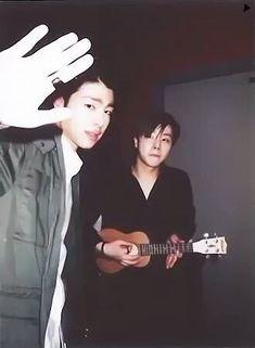 Kim Jinhwan, Chanwoo Ikon, Bobby, Laughing Photos, Funny Fights, Ikon Member, Koo Jun Hoe, Ikon Kpop, Ikon Debut