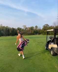 Thema Golf, Golf Now, Cute Golf Outfit, Girls Golf, Tennis Fashion, Old Money, Hole In One, Workout Aesthetic, Summer Aesthetic