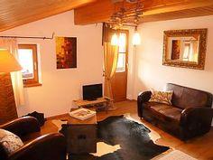 Bel appartement meublé avec des meubles en bois massif self-made.Location de vacances à partir de Reit im Winkl @homeaway! #vacation #rental #travel #homeaway
