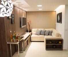 Projeto de Apartamento feito pela Up Design, para um casal moderno e discreto. Criamos um ambiente com inspiração contemporânea trabalhando uma paleta de cores neutras, optando para o uso das cores vibrantes em adornos na decoração. Com...