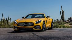 Mercedess-AMG GT Roadster