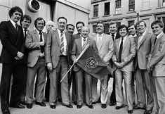 Jimmy Johnstone, Jock Stein and the Celtic Team with the Sporting Lisbon flag at a function in Glasgow to celebrate the anniversary of their 1967 European Cup Final win on April (Bob Thomas/Getty Images. Celtic Team, Celtic Fc, European Cup, Football, Lisbon, Glasgow, Celebrities, Sports, American Football