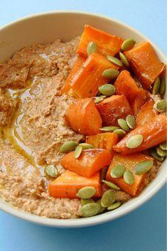 Hummus de lentejas y zanahoria asada Vegan Recipes, Vegan Food, Polenta, Thai Red Curry, Risotto, Dips, Veggies, Appetizers, Tasty