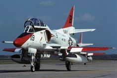 Douglas TA-4J (BuNo 156924) B119 TW-2,  Kingsville NAS