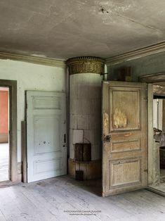 Old Swedish tiled heating stove, Salaholm.
