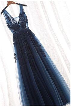 Pretty Prom Dresses, V Neck Prom Dresses, Tulle Prom Dress, Dance Dresses, Ball Dresses, Homecoming Dresses, Bridesmaid Dresses, Dresses Dresses, Elegant Dresses