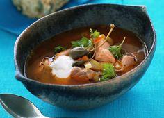 Meny-0711-Seljanka rysk laxsoppa Tortellini, Ravioli, Chorizo, Thai Red Curry, Ethnic Recipes, Food, Goulash, Meals, Yemek