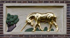 Gevelsteen Gouden Eenhoorn, Amsterdam. Photo by Pancras van der Vlist.