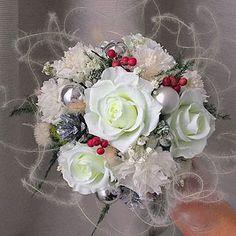 Зимняя композиция с неувядающими цветами !!! 🎄❄️☃️🎁🌹 #подаркинановыйгод #новогоднийбукет #чтоподарить #розавколбе #невянущаяроза #розыневянут #стабилизированныецветы #подарокслюбовью #розаподстеклом #розаподколпаком #новогоднийдекор #стабилизированныерастения #подаркиручнойработы #preservedflower #driedflower #новогоднийподарок #корпоративныеподарки #luxuryflowers #iploud #iploud_делаю_красиво #чтоподарить #невянущийбукет #оригинальныйбукет #новогодняяфотосессия Floral Wreath, Wreaths, Home Decor, Floral Crown, Decoration Home, Door Wreaths, Room Decor, Deco Mesh Wreaths, Home Interior Design