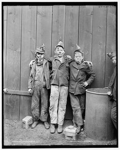"""CHILD LABOR and Coal Region culture: Kingston, Pennsylvania, circa Coal mine kids. If a bird was not available, a small boy could be used as a """"canary"""" to smell for dangerous gas fumes - and people wonder why we need employment laws. Vintage Pictures, Old Pictures, Vintage Images, Old Photos, Shorpy Historical Photos, Historical Pictures, Coal Miners, Thats The Way, Interesting History"""