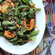 Capture the flavors of summer in this simple beet, quinoa & arugula salad.