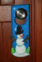 Paso a Paso hacer un cuelga puerta hecho de fomi ***hermoso*** Country Paintings, Christmas Door, Christmas Activities, Door Hangers, Bottle Opener, Decoupage, Arts And Crafts, Merry, Crafty
