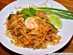 Best pad thai recipe I've tried yet... just like the restaurants.