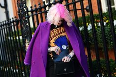 Tommy Ton Shoots Street Style at the Fall 2014 Fashion Shows London Fashion Weeks, Fashion Week 2015, Pop Fashion, Fashion Show, Autumn Fashion, Fashion Trends, Paris Fashion, Street Style 2014, Autumn Street Style
