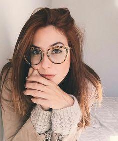 Fashion Spetacles Transparent Frame Women's Glasses Brand Designer Cat's Eye Glasses Clear Lens Classic Eyeglasses Frames – Best Of Sharing Fake Glasses, Cat Eye Glasses, Girls With Glasses, Girl Glasses, Trendy Hairstyles, Girl Hairstyles, Glasses Hairstyles, Cat Eye Colors, Foto Portrait