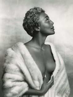 """Jazz singer Joyce Bryant in 1954. Known then as """"The Bronze Blonde Bombshell"""" and """"The Black Marilyn Monroe."""""""
