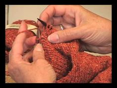 How To Do Yarn Overs Four Different Ways Instructional Article at Jimmy Beans Wool site met diverse instructiefilmpjes Knitting Help, Knitting Stiches, Knit Stitches, Knitting Videos, Loom Knitting, Knitting Needles, Hand Knitting, Knitting Patterns, Knitting Tutorials