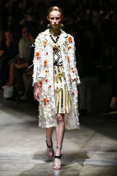 Prada Ready To Wear Spring Summer 2016 Milan - NOWFASHION