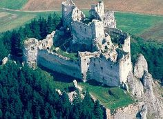 Lietava hrad   Hrady, zámky, kaštiele a ostatné pamiatky na Slovensku