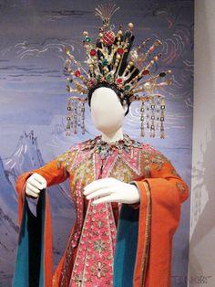 Ceceil Beaton's costume design for Turandot.
