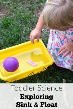 Classic science for toddlers: sink and float activity ideas. Great for preschool too!!