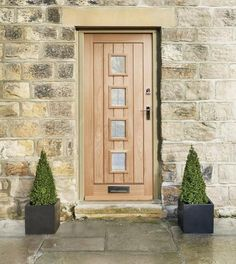 Greet your guests with the unique four-window design and warm oak tones of our Dordogne glazed front door. Glazed External Doors, External Hardwood Doors, Front Door Design, Window Design, House Front, My House, Veneer Door, Mdf Doors, Glazed Glass