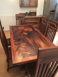 Resin Furniture, Log Furniture, Woodworking Furniture, Wood Resin Table, Wood Slab Table, Wooden Dining Table Designs, Solid Wood Dining Table, Wood Wall Design, Woodworking Inspiration