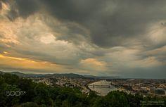 Thunderstorm over Budapest - In the evening, around sunset thunderstorm moved through over Budapest. Este,naplemente környékén zivatar vonult át Budapest felett.