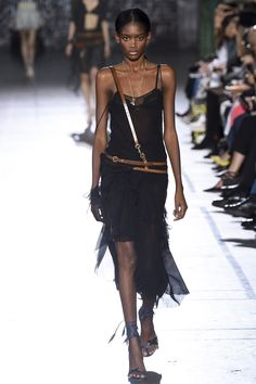 John Galliano - Spring 2017 Ready-to-Wear