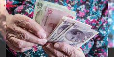 Emekli maaşını arttırmanın yolları : Çalışanların en büyük hayali emeklilik. Emeklilikte alınacak maaş ise çalışırken belirleniyor. Çalışırken 8 altın kurala dikkat ederek emeklilikte alacağınız maaşınızı artırabilirsiniz. Takvimin haberine göre emeklilikte rahat etmek için çalışırken önleminizi alın bu kurallara uymaya çalışın.Emek...  http://ift.tt/2eqKD3p #Ekonomi   #çalışırken #emeklilikte #Takvim #haberine #maaşınızı
