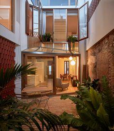 Vista interior. Casa Flora por Gradolí & Sanz. Fotografía © Mariela…