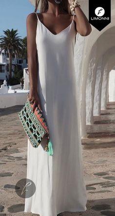 Need Supply, Beach Design, Dress Robes, Whatsapp Messenger, Girl Fashion, Womens Fashion, Boho Dress, Curvy, Casual Outfits