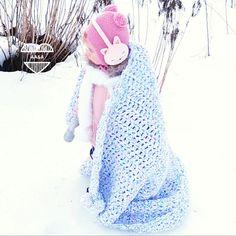 Paksu ja pehmeä virkattu sateenkaari-torkkupeitto Drawstring Backpack, Sewing, Knitting, Crochet, Diy, Handmade, Bags, Handbags, Dressmaking