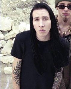 Image may contain: 2 people, closeup Marilyn Manson Art, Marilyn Monroe, Marilyn Manson Tattoo, Freddie Mercury, Brian Warner, Goth Guys, Rock Poster, Nu Metal, Metalhead