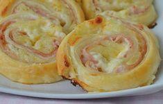 Úžasné česnekové housky hotové do 30 minut recept Appetizer Recipes, Snack Recipes, Appetizers, Sweet Bakery, Antipasto, Biscotti, Finger Food, Nutella, Camembert Cheese