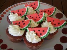 Red velvet -watermelon cupcakes