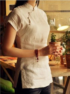 Linen White Short Sleeve Qipao Top / Chinese Blouse