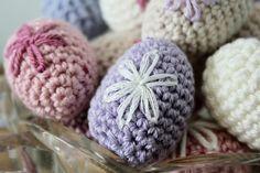 Knitting, Crochet, Floral, Flowers, Crafts, Autumn, Spring, Amigurumi, Threading