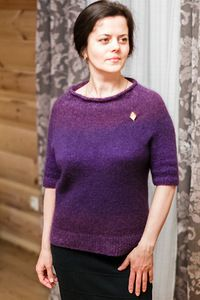 вариант замечательного оверсайз пуловера - Хейворд сверху, по кругу.