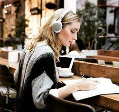 Такие наушники можно слушать вечно #headphones #athsr5bt #audiotechnica #electronics #technology #tech #electronic #device #gadget #gadgets #instatech #geek #techie #nerd #techy #photooftheday #computers #laptops #ATH