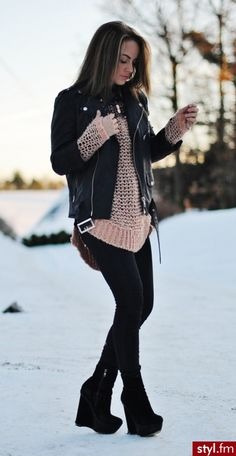 Black leather jacket, big comfy sweater and black wedge booties. Winter style ❄️